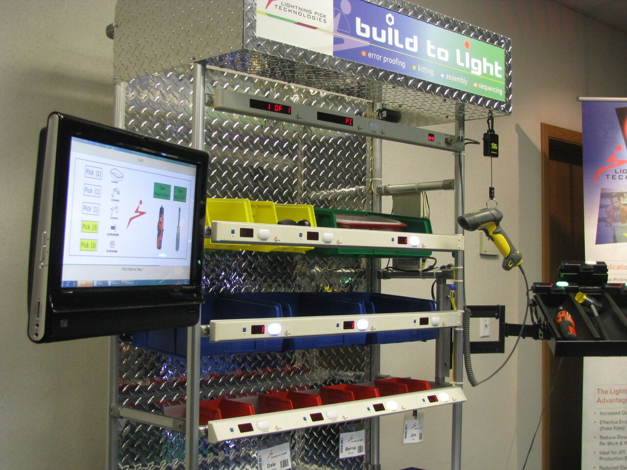 Build2Light Light-Directed Error Proofing System at ProMat 2015.